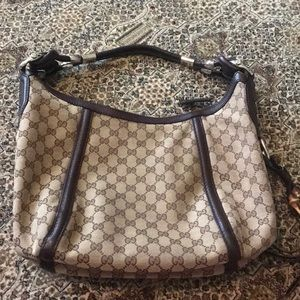 Gucci bag canvas/leather MINT CONDITION. FLAWLESS